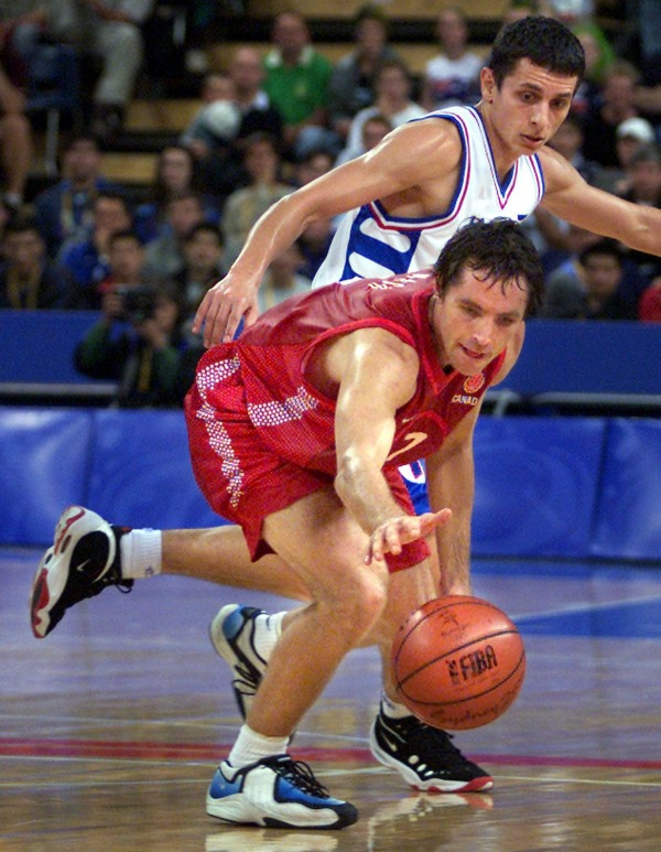 photograph of Steve Nash playing basketball in NBA