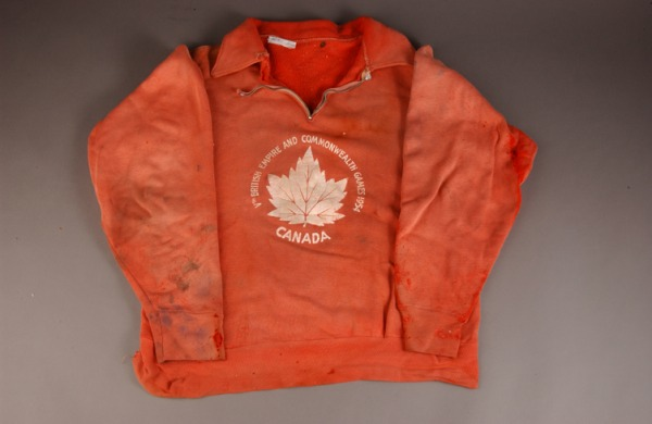 Gerard Coté's  sweatshirt with a white maple leaf