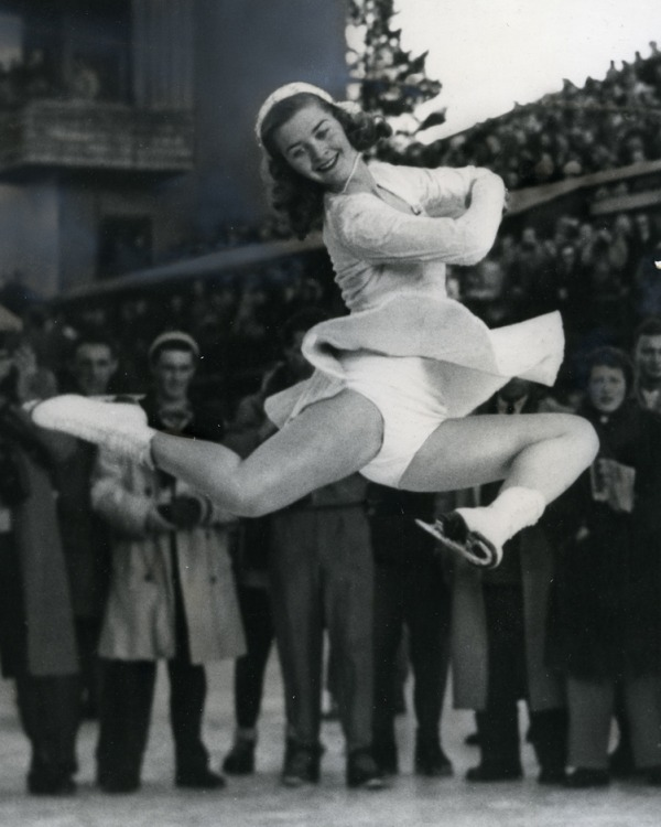 photograph of Barbara Ann Scott in jumping position