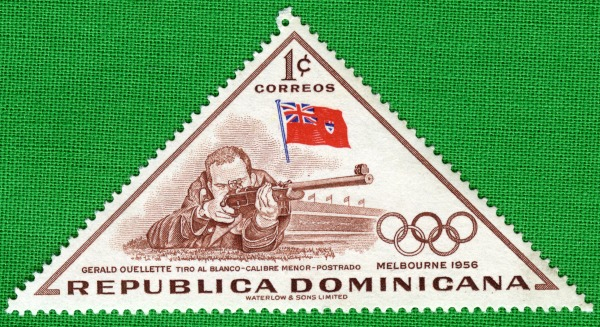 triangular shaped postage stamp with image of Gerald Ouellette shooting - Melbourne 1956 - Republica Dominicana 1 Correos